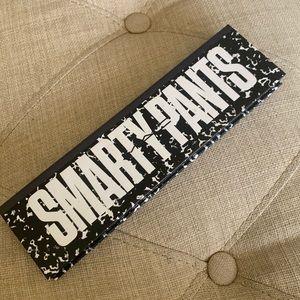 MAC Smarty Pants Eye shadow palette